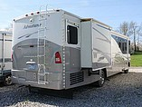 2005 Winnebago Winnebago Photo #3